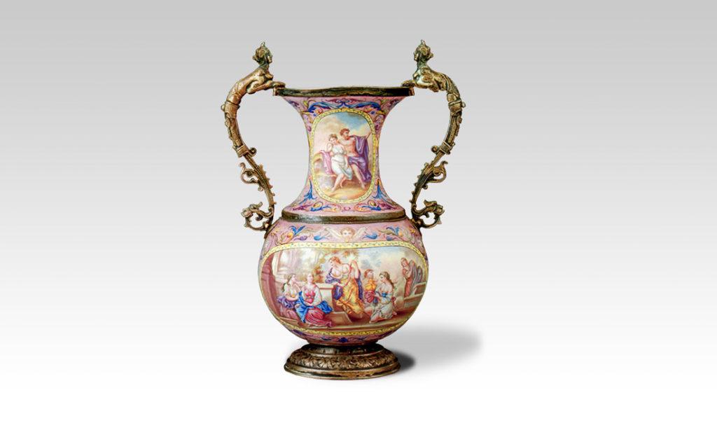 Vase en émail de Vienne